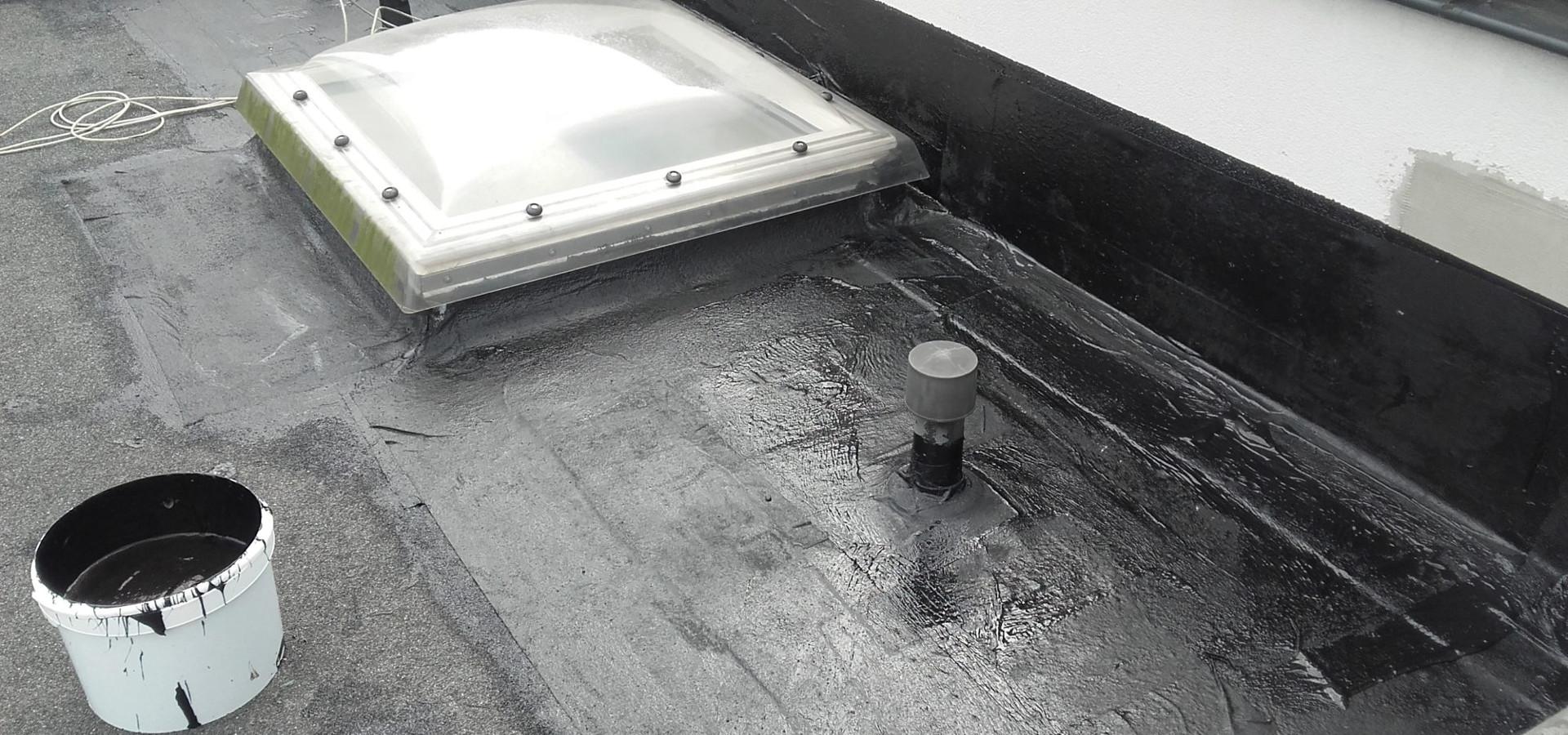 Naprawa dachu z papy